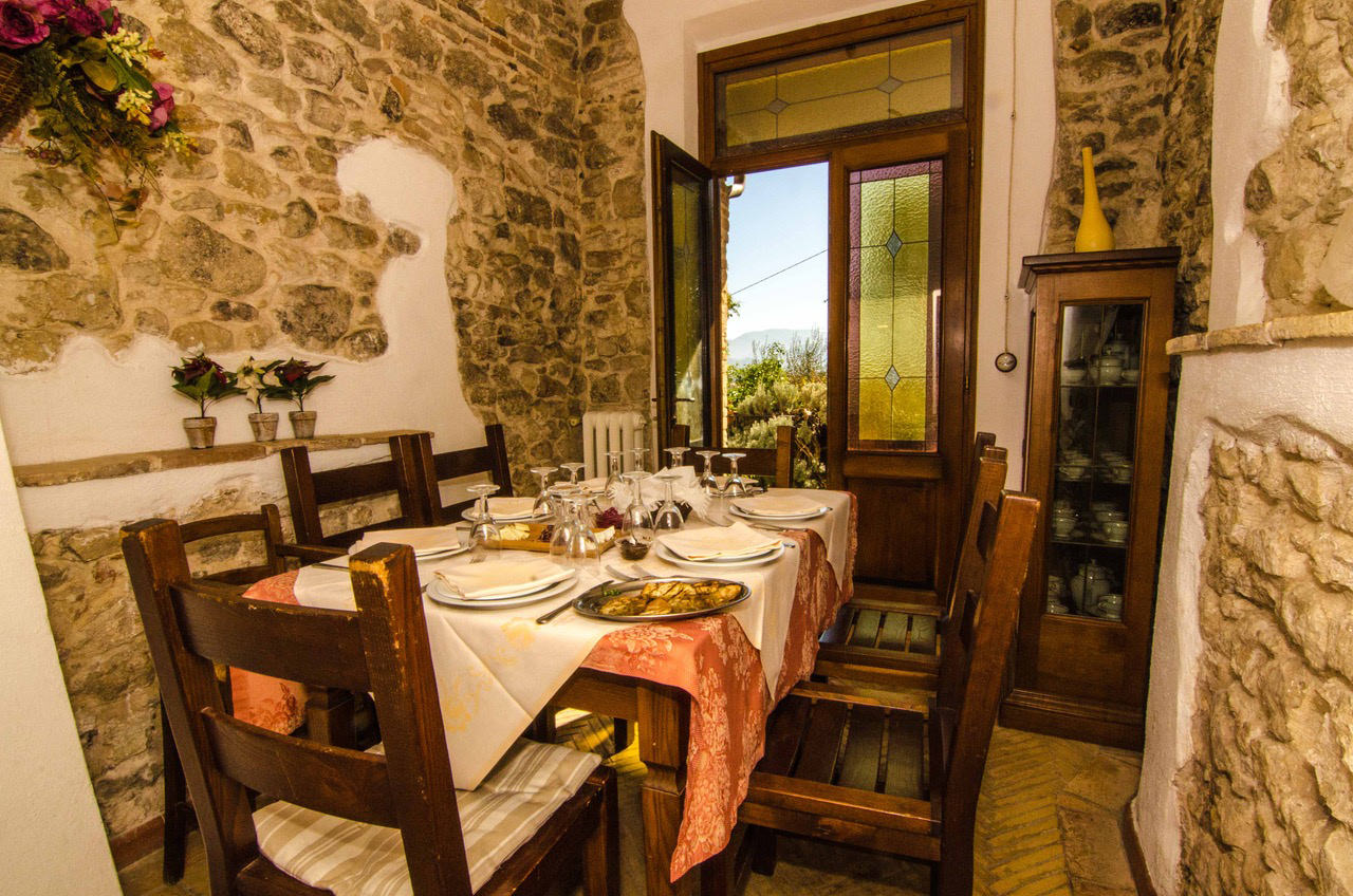 The Santo Pietro FarmHouse in Coltodino - Restaurant & Hospitality & Olive Oil Production